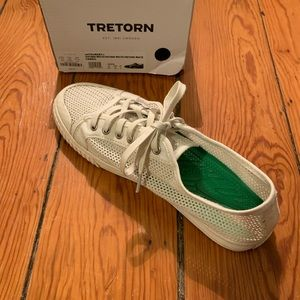 Women's Tretorn Tournet shoes, size 8.